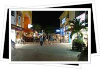 Playa de Carmen night street